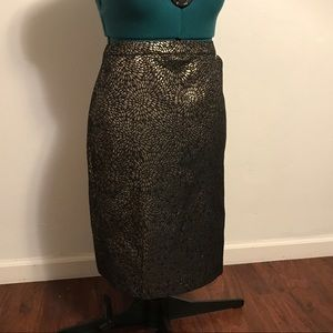 Classic Pencil Skirt with Metallic Pattern